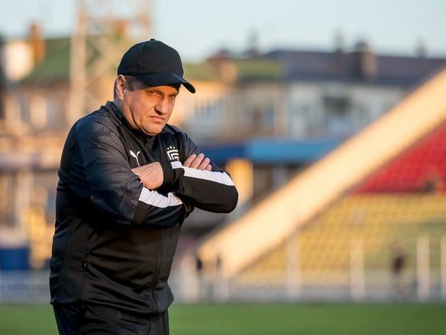 Главный тренер белгородской команды Валерий Есипов, Фото с сайта ФК «Салют Белгород».