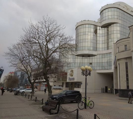Офисное здание в центре Белгорода продают за 245 миллионов рублей, фото-1